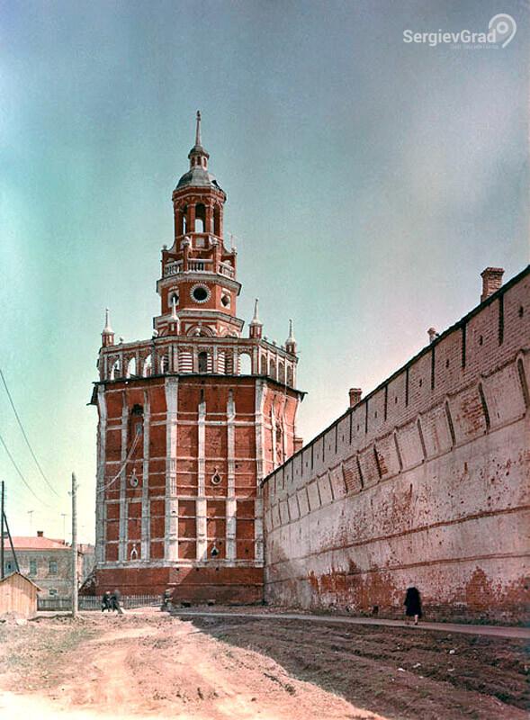 красная уточья башня