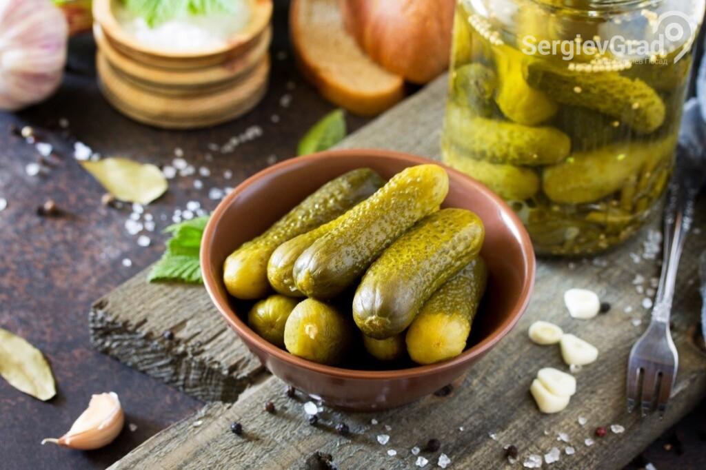 Маринованные или соленые огурцы - лучшая закуска под водку 2