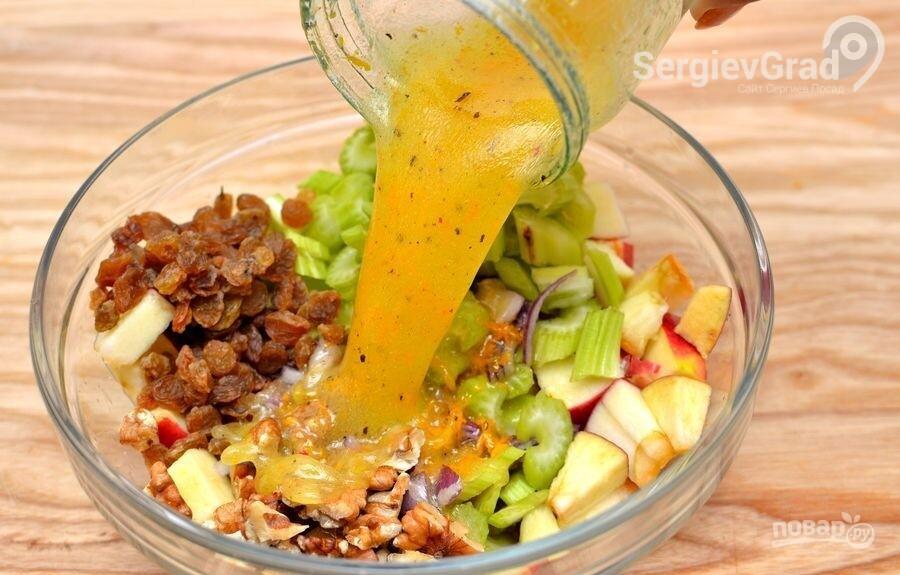Салат с сельдереем рецепт