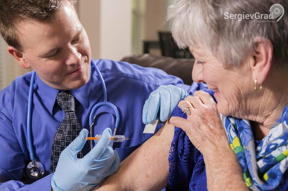 Вакцинацию пожилых жителей России от Covid‑19 могут начать на следующей неделе