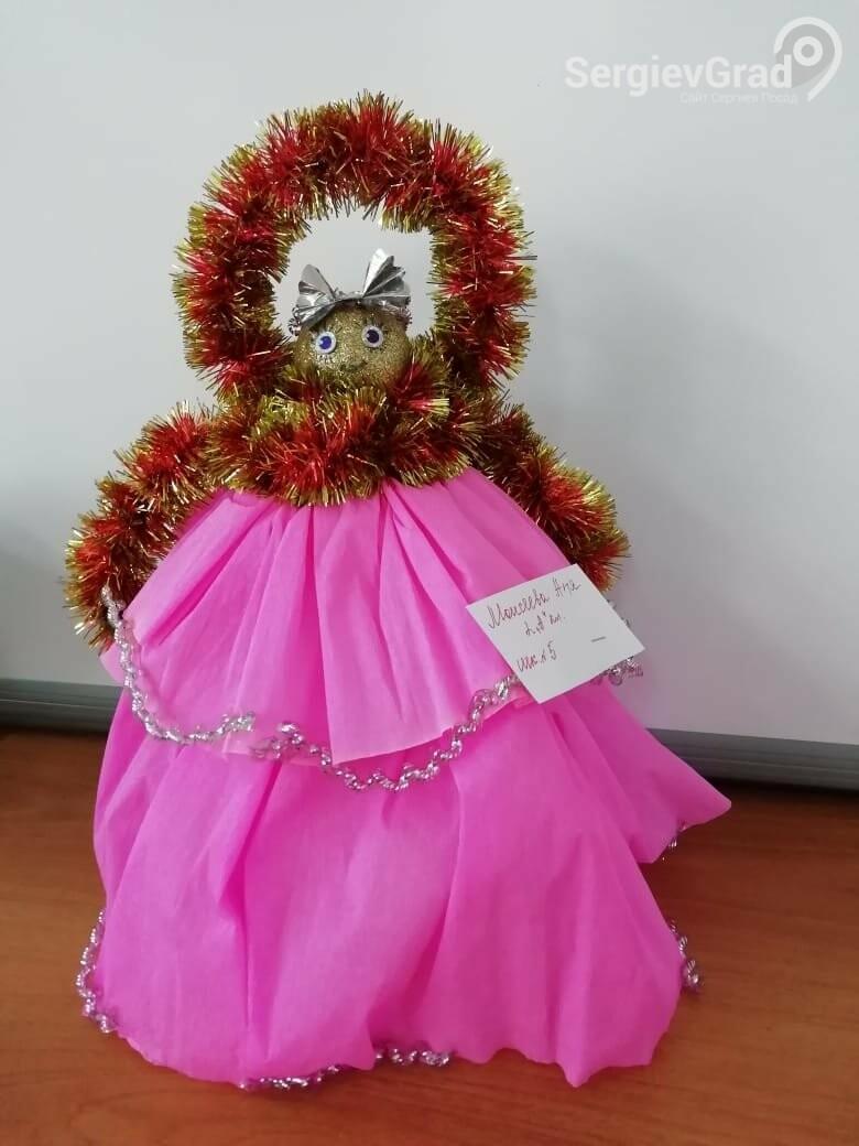 Участник конкурса «Моя новогодняя поделка» – Моисеева Аня, МБОУ СОШ №5