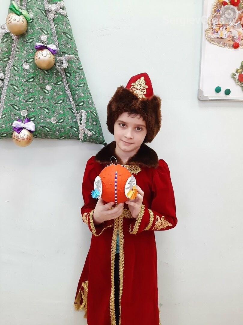 Участник конкурса «Моя новогодняя поделка» – Серебряков Алексей, МБОУ «СОШ №19»