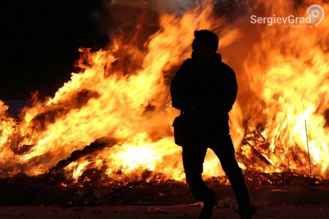 Способы, какправильно потушить горящего человека