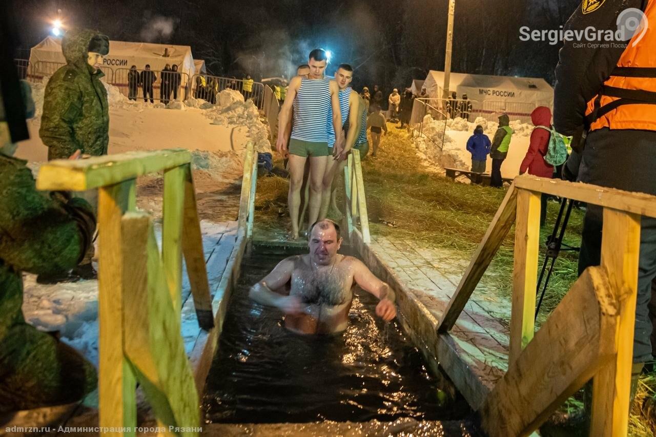 В Московской области в минувшую крещенскую ночь искупались более 175 тысяч человек