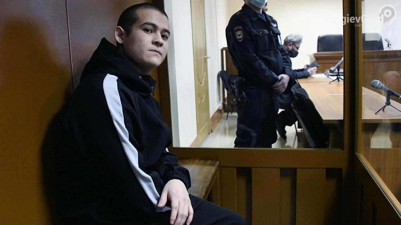 Срочника Шамсутдинова, расстрелявшего своих сослуживцев, приговорили к 24 годам колонии
