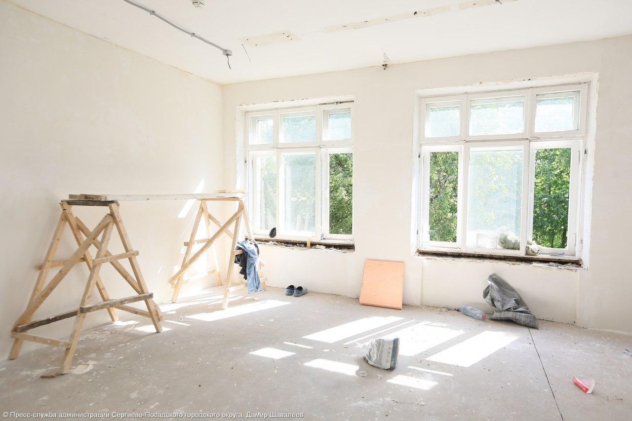 Ремонт в школе № 22 в Сергиевом Посаде будет завершен к 20 августа, фото-1