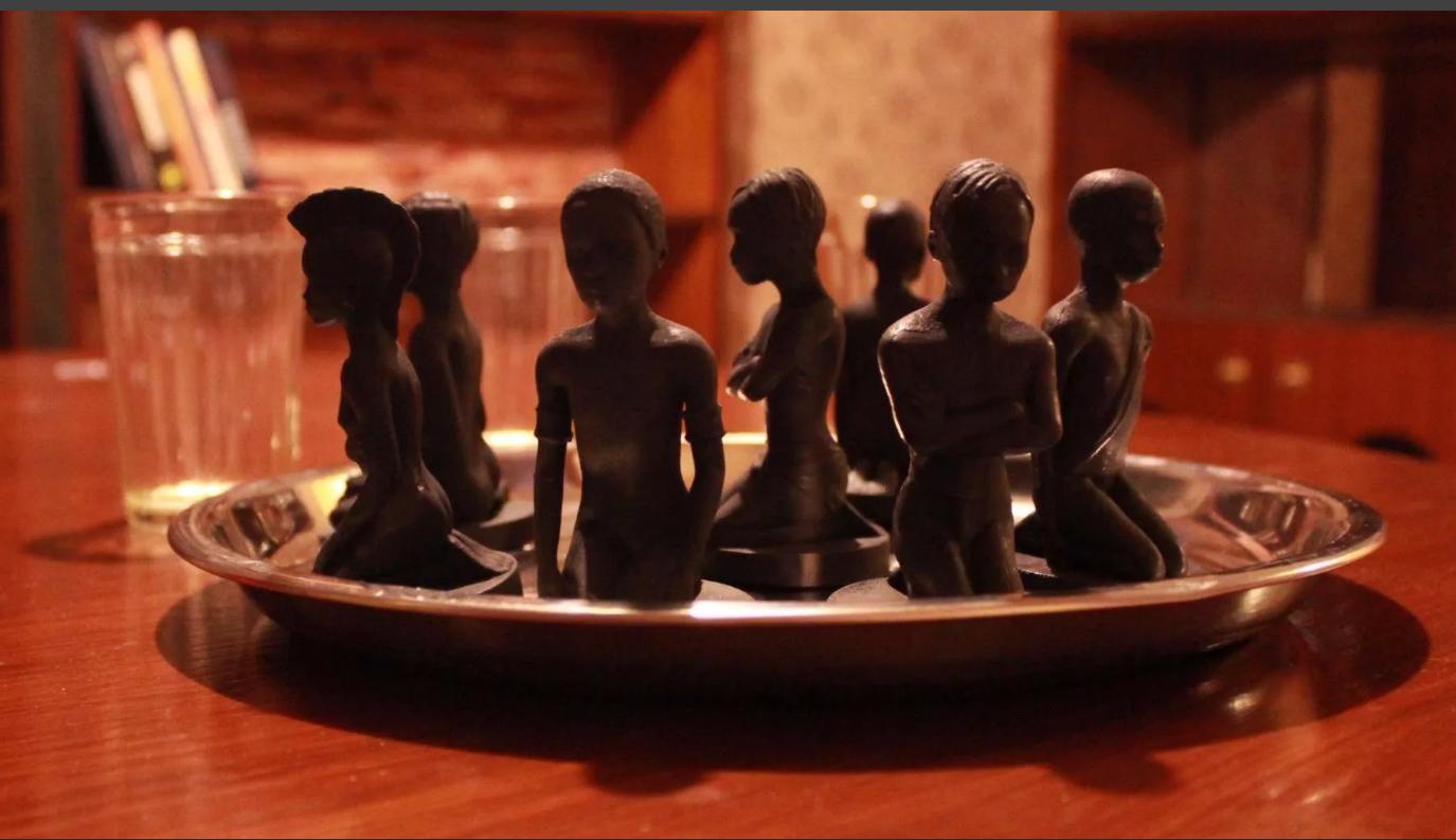 Кто следующий? Роман Агаты Кристи «Десять негритят» переименовали в «Их было 10», фото-1