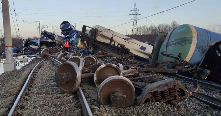 Во Владимирской области введён режим чрезвычайной ситуации из-за сошедшего с рельсов поезда 16 ноября